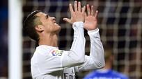 Real tiếp tục bám sát hai đội dẫn đầu Liga