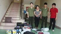 Nghệ An: Một cán bộ hưu trí cùng con trai sản xuất tài liệu, con dấu giả