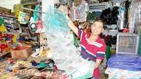 'Đột nhập' các điểm bán lồng bát quái ở Nghệ An