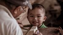 Những đứa trẻ nhà tầng Quang Trung