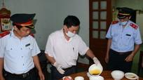 Không đảm bảo vệ sinh, nhà hàng lớn nhất Thái Hòa bị phạt 16 triệu đồng