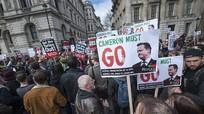 Vụ hồ sơ Panama: Hàng ngàn người đòi Thủ tướng Anh từ chức