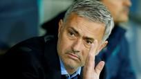 Mourinho phủ nhận ký hợp đồng với M.U