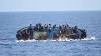 Libya: Lật tàu chở 555 người di cư, 5 người thiệt mạng
