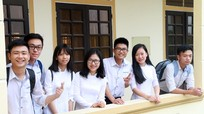 Bồi hồi với những ký ức về 'con gái lớp Văn' trường Phan