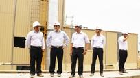 Bí thư Tỉnh ủy Nguyễn Đắc Vinh kiểm tra tiến độ Dự án Nhà máy Tôn Hoa Sen