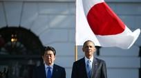 Obama thăm Hiroshima: Một mũi tên trúng hai đích