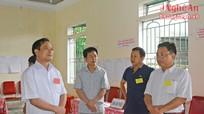 Trưởng Ban Tuyên giáo Tỉnh ủy kiểm tra công tác bầu cử tại Diễn Châu, Yên Thành
