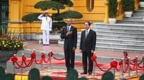 Nhìn lại chuyến công du Việt Nam của Obama