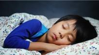 40% trẻ Việt thiếu ngủ do học quá nhiều