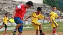 Phố núi Quỳ Hợp khởi động giải Bóng đá Thiếu niên Nhi đồng Cúp Báo Nghệ An