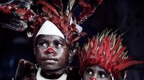 Những bộ lạc đang bên bờ 'tuyệt chủng'