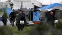 Cảnh sát chống bạo động Hy Lạp 'dọn dẹp' trại tị nạn lớn nhất châu Âu