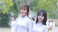 Hình ảnh đẹp của học sinh trường Huỳnh mùa chia tay
