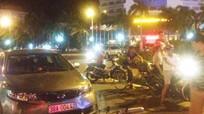 Nghệ An: Ô tô đâm ngang xe máy, một người nguy kịch