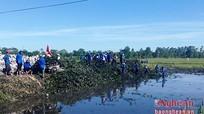 Nô nức các hoạt động tình nguyện, vệ sinh môi trường, làm sạch biển