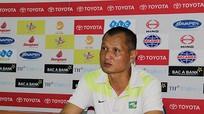 HLV Quang Trường hài lòng với 1 điểm trên sân Khánh Hòa