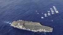 Tàu sân bay Mỹ dàn hàng gần Biển Đông