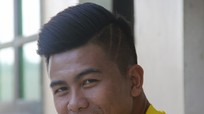 Cầu thủ Sông Lam Nghệ An cắt tóc chờ 'đại chiến' với Hà Nội T&T