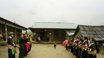 Người Mông Huồi Sơn đã từ bỏ tập quán du canh du cư