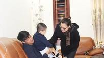'Chiêu' làm hòa của HLV Nguyễn Hữu Thắng khi bị vợ giận