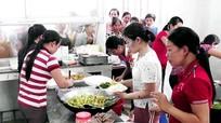430 suất ăn 'bữa cơm yêu thương' của phụ nữ Yên Thành