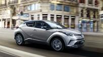 Lộ nội thất Toyota C-HR 2017 - đối thủ Mazda CX-3