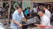 TP Vinh: Cưỡng chế 4 hộ nợ đọng thuế trên địa bàn phường Trường Thi