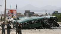 Taliban đánh bom tự sát, 27 học viên cảnh sát thiệt mạng