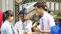 Sinh viên Lào, Thái Lan tham gia tiếp sức ở cụm thi Vinh