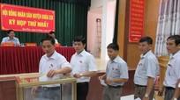Quỳ Châu bầu các chức danh chủ chốt HĐND, UBND huyện