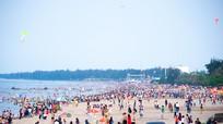 Cửa Lò tạo niềm tin cho du khách về tắm biển