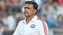Mourinho đưa cựu HLV B.Bình Dương vào ban huấn luyện M.U