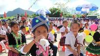 Hỗ trợ sữa học đường cho học sinh nghèo và cận nghèo