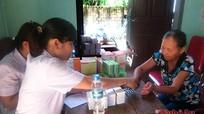 Quỳnh Lưu: Khám, cấp thuốc miễn phí cho bà con giáo dân
