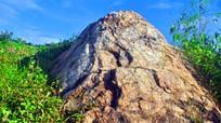 Huyền thoại 'ghế đá của rồng' ở tây Nghệ An