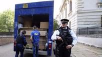 Thủ tướng Cameron rục rịch dọn đồ khỏi nhiệm sở