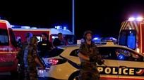 Pháp xác định nghi phạm lao xe vào đám đông