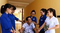 Sinh viên tình nguyện tri ân các thương, bệnh binh