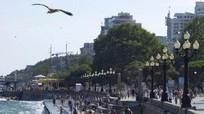 Nghị sĩ Pháp tiếp tục đến thăm Crimea bất chấp cấm vận