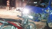 Nghệ An: Xe máy đối đầu xe tải trong đêm, 1 người chết, 3 người bị thương
