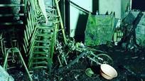 Chập điện, nhà bốc cháy trong đêm làm 6 người trong một gia đình thiệt mạng