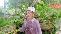 Cuộc sống giản dị của nhà thơ dân tộc thiểu số tiêu biểu Việt Nam