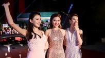 Hồ Ngọc Hà diện váy không nội y trên thảm đỏ The Face