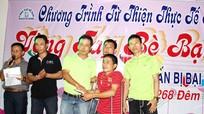 Cộng đồng Xứ Nghệ tại Đồng Nai trao 20 triệu đồng cho anh Phan Văn Tuấn