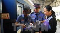 Ngành đường sắt xin bán thêm ghế phụ dịp Tết Đinh Dậu 2017
