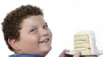 Trẻ béo phì ăn gì để giảm cân