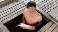 Cá lồng trên sông Nậm Nơn chết hàng loạt không rõ nguyên nhân