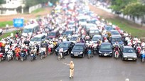 Cấm đường phục vụ cuộc đua xe đạp Quốc tế VTV Cup Tôn Hoa Sen
