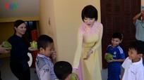 Hoa hậu Việt Nam đầu tiên ra Trường Sa